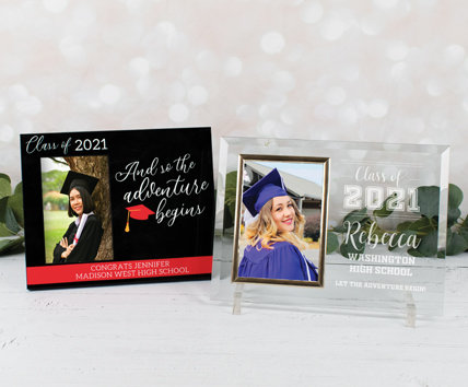 Top 12 Gifts for Graduates