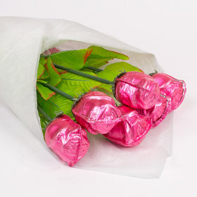 Madelaine Milk Chocolate Pink Roses 3/4 OZ